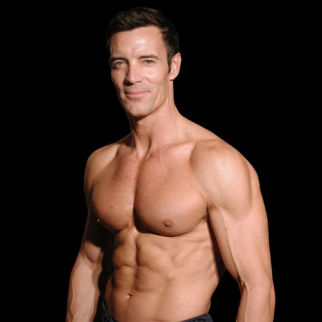 the-man-who-changed-fitness-p90x-inventor-tony-horton_thumbnail.png